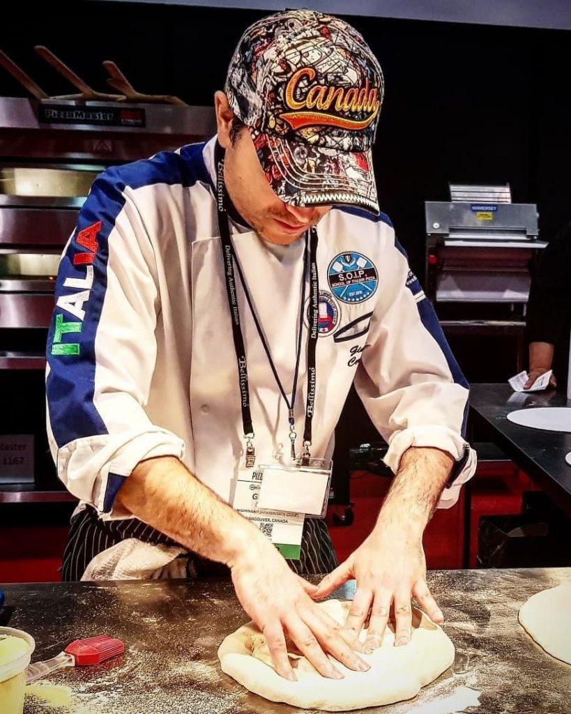 Giuseppe Cortinovis the Queen pizza
